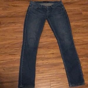Too Superlow skin Levi's jeans size 9M